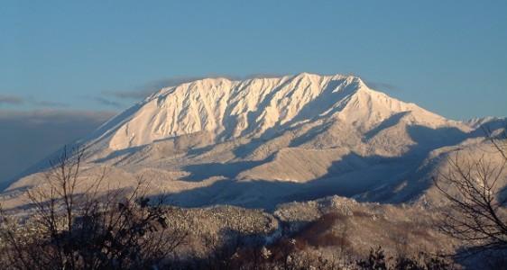 19大山雪景色