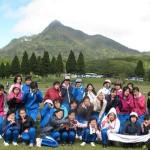中学生2年生100名を鏡ヶ成の象山へ案内しました