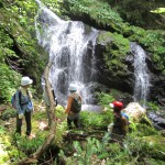 【ツアーレポート】8・9山乗渓谷リバートレッキングを開催しました