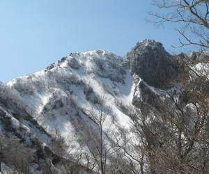 烏ヶ山山頂と南尾根