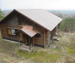 三平山ログハウス
