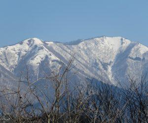 4/3 上蒜山 今年は残雪が多い