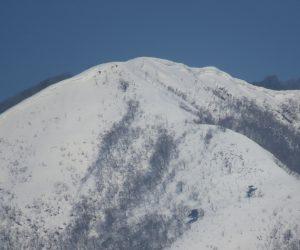 2/20 上蒜山8合目付近 雪庇がかなり発達しています