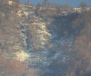11/23 蒜山3座に初雪 頂上付近は少なく鞍部に沢山降ったようです
