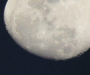 1/18  月のクレーター 満月になるとクレーターの陰の部分がうまく出ません